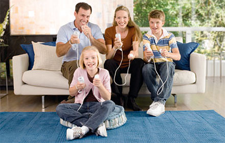 people-playing-wii-1